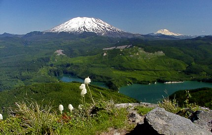 The summit of Mt Mitchell looms in front of Mt St Helens
