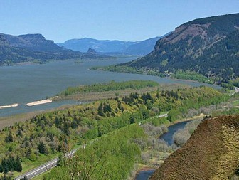 Columbia River Gorge from Crown Point