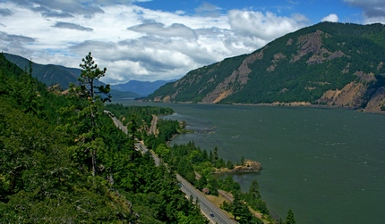 Columbia River Gorge from the Wygant Peak trail